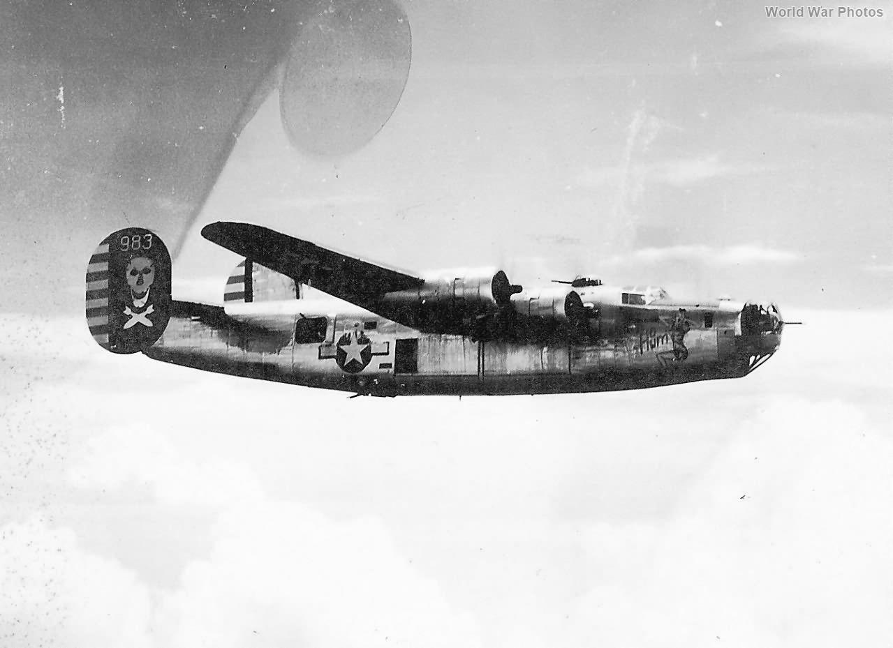 "B-24J 983 42-109983 ""Ho Hum"" of the 90th Bomb Group"