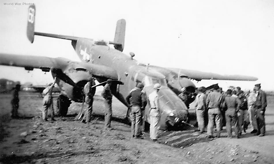 B-25D 43-3481 6B crashed on Airfield Italy