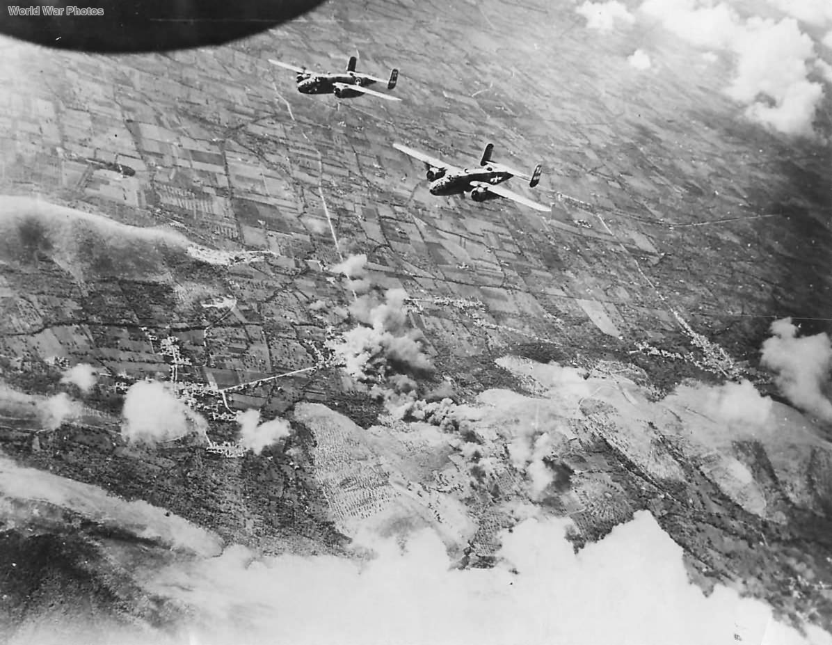 Bombers blast German positions near Volturno River Naples '43