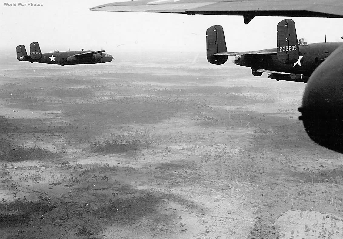 TB-25C 42-32375 and 42-32509