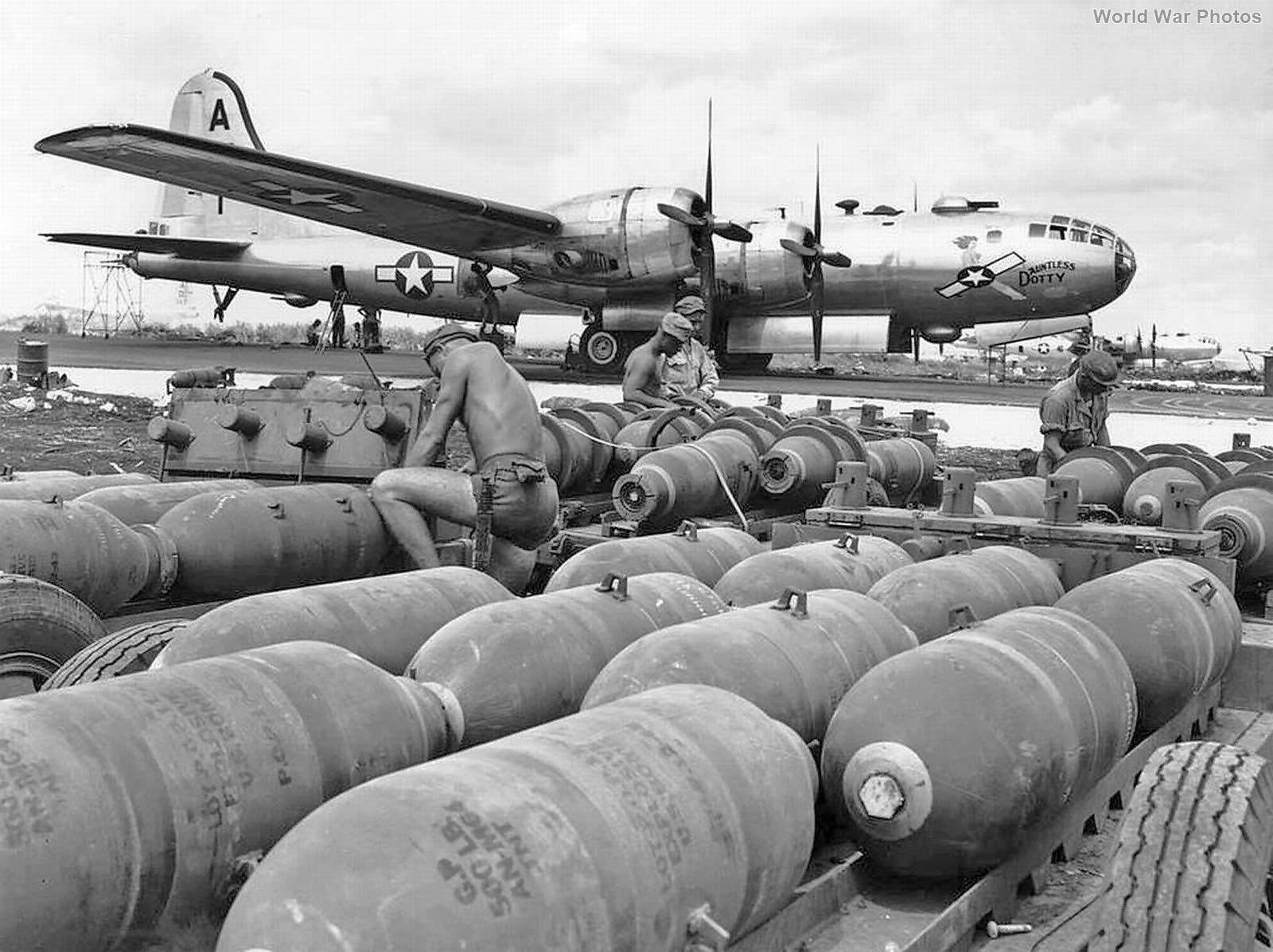 497th BG 869th BS B-29 Dauntless Dotty 42-24592 Saipan
