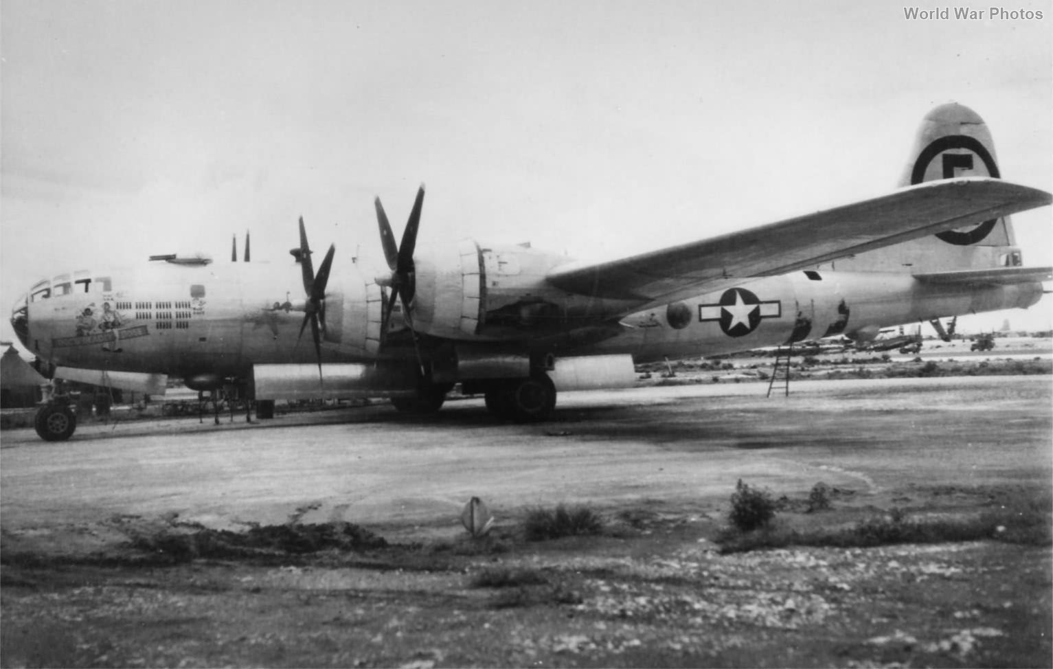 """B-29 42-24780 """"Doc's Deadly Dose"""" of the 504th BG"""