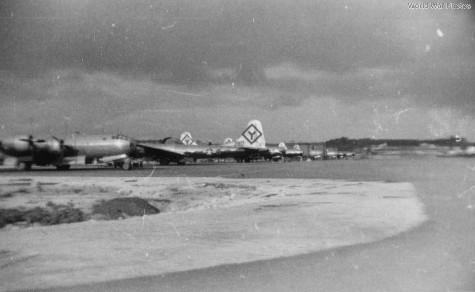 B-29 bombers of the 501st BG
