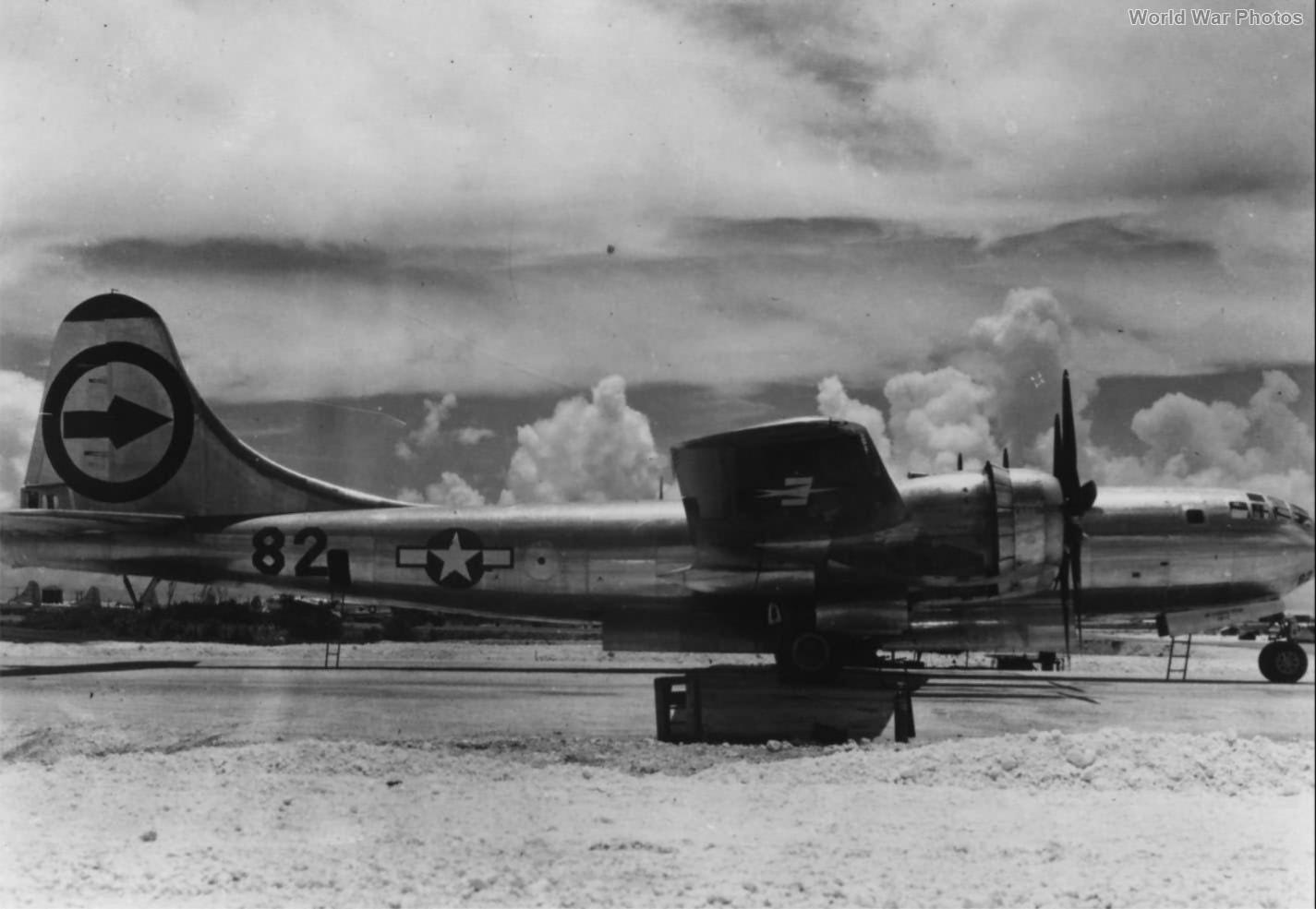 B-29 Enola Gay 1945