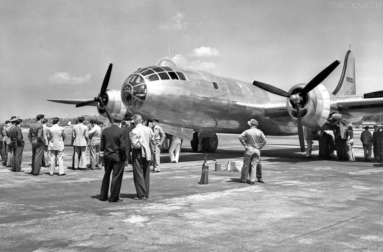 "Boeing XB-29 41-18335 ""Gremlin Hotel"""