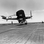 F4U-1 Corsair code 17-F-22 of VF-17 on board the carrier USS Bunker Hill CV-17 – July 17, 1943