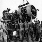 F4U Corsair engine maintenance 1944