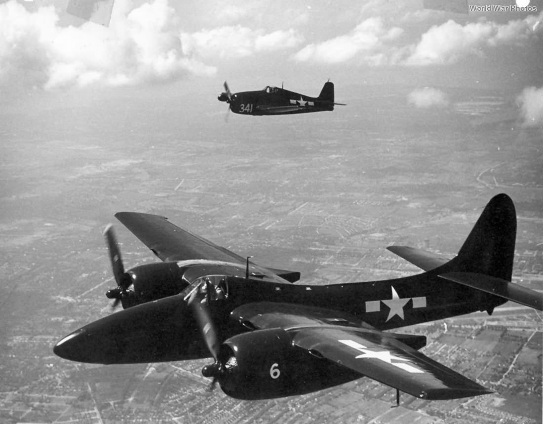 Grumman F7F and F6F in flight