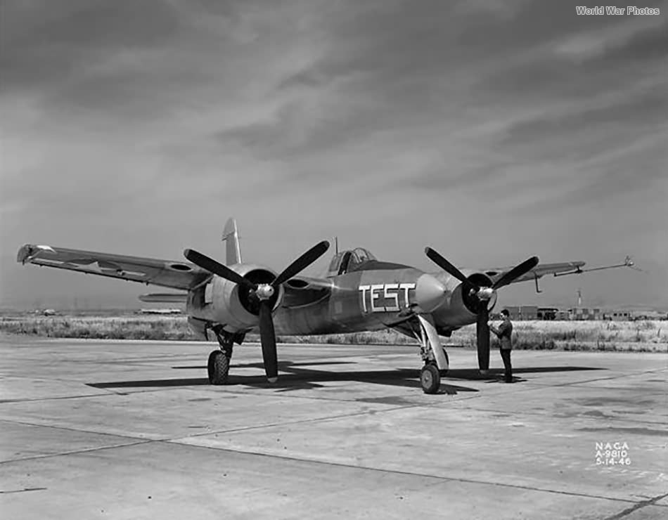 XF7F-1 1946