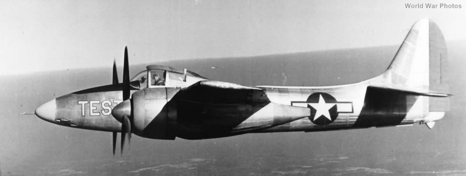 XF7F-1 in Flight