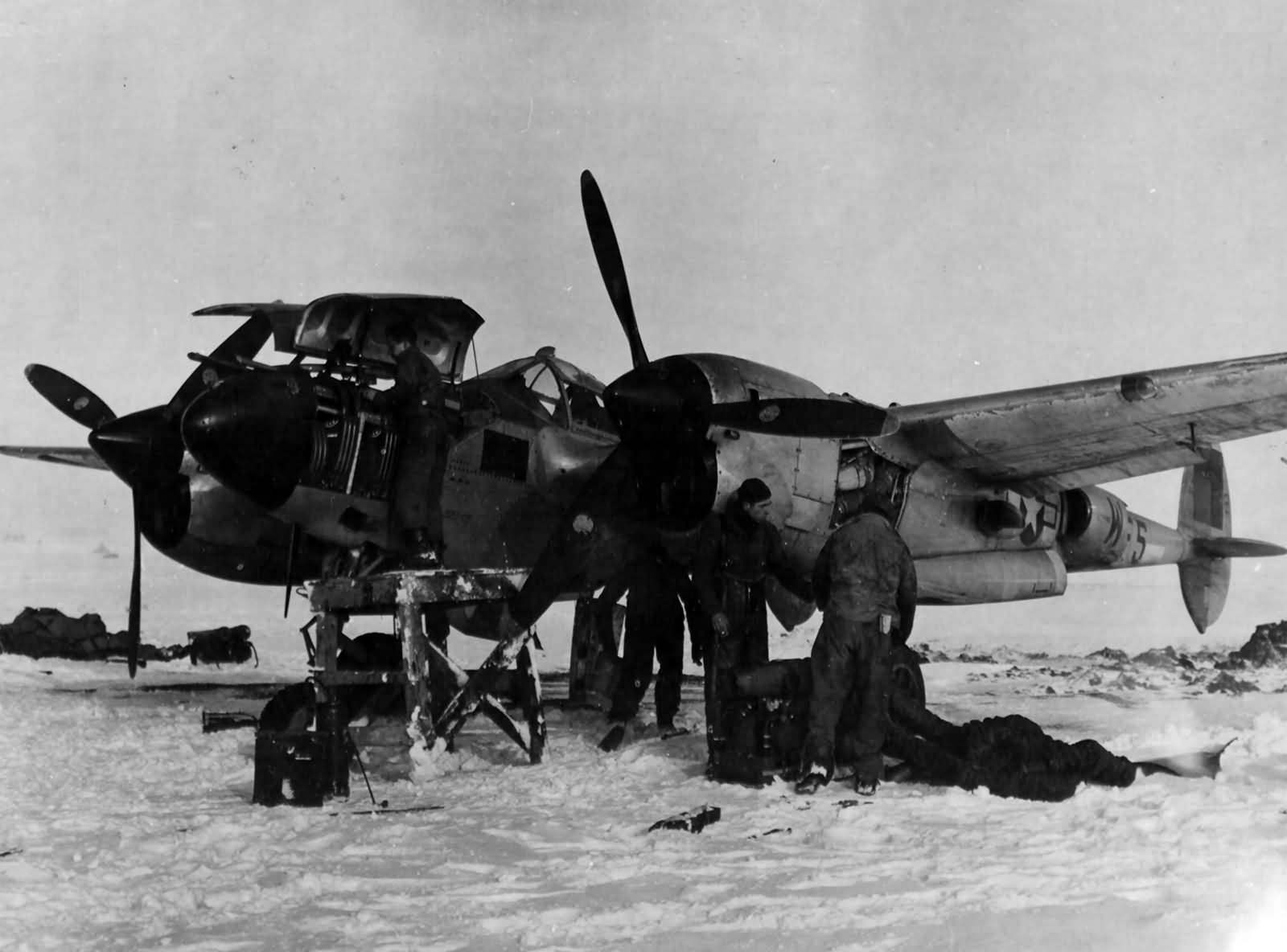 P-38L Lightning code F5-W of the 428th FS 474th Fighter Group