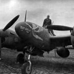 """F-5C-1-LO """"Dot Dash"""" serial 42-67128 Russia 1944"""