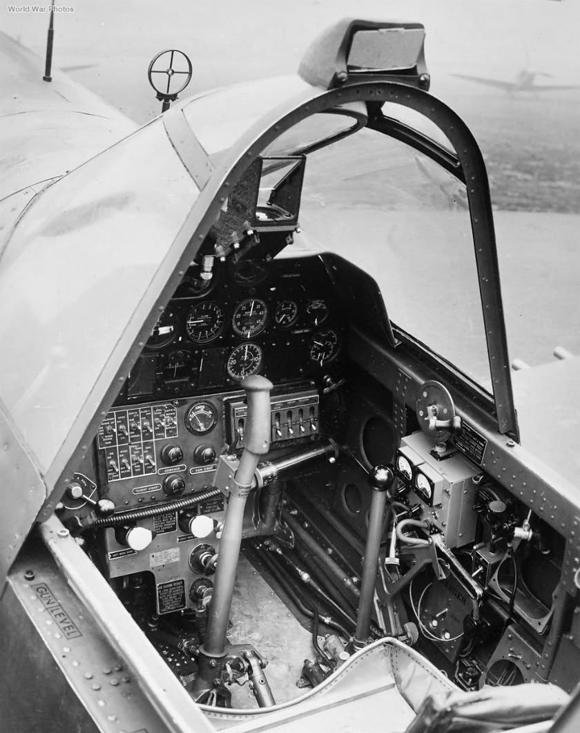 Curtiss Kittyhawk Mk I AK753 cockpit interior