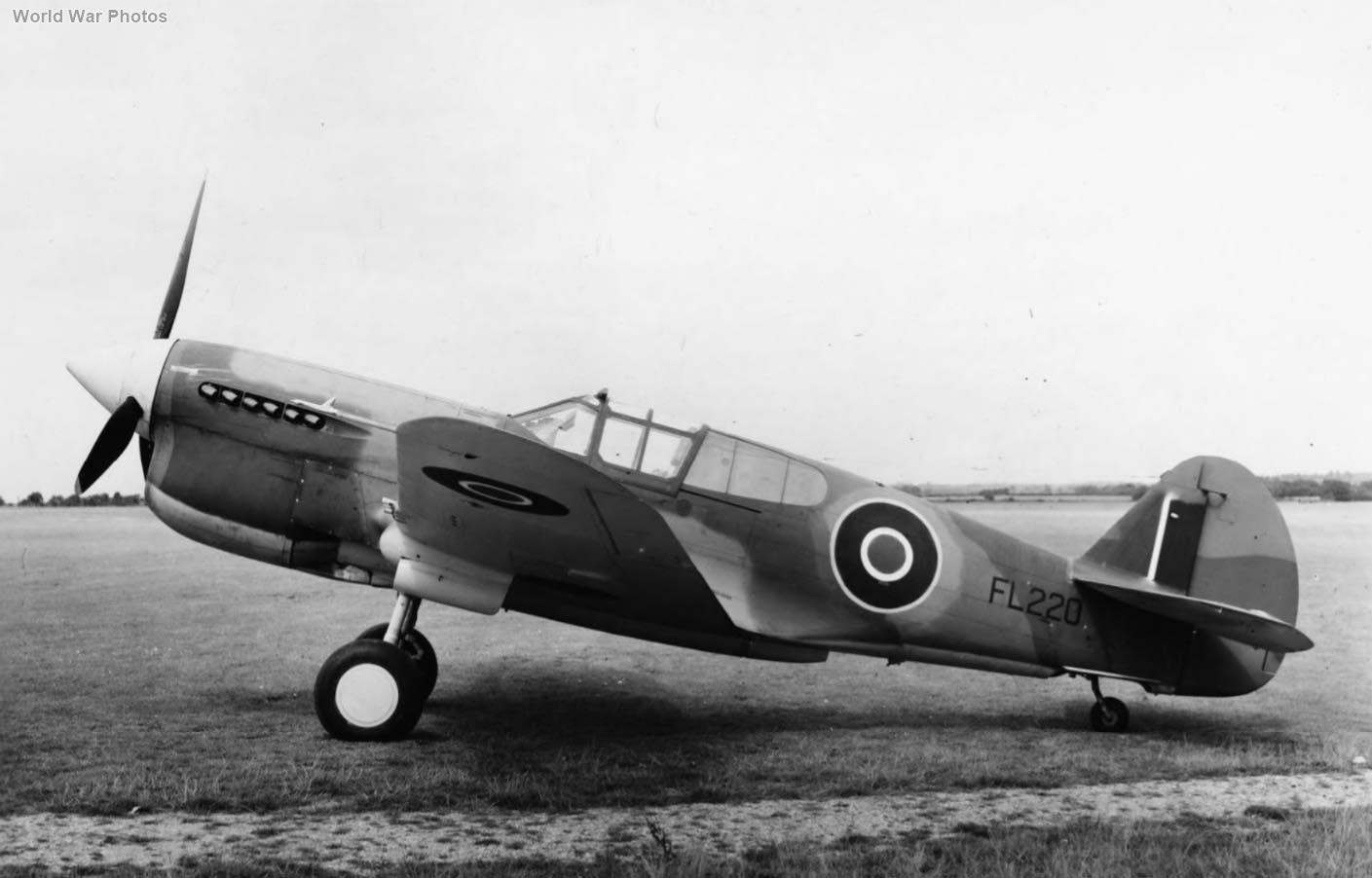 Curtiss Kittyhawk Mk IIA FL220 August 1942