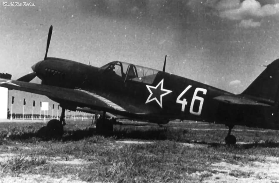 """Russian P-40N """"White 46"""""""