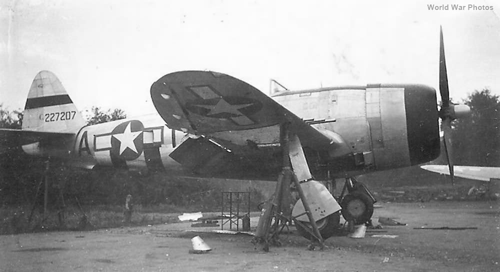 50th Fighter Group P-47 42-27207