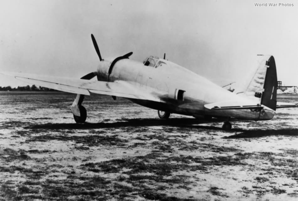 XP-47B 40-3051