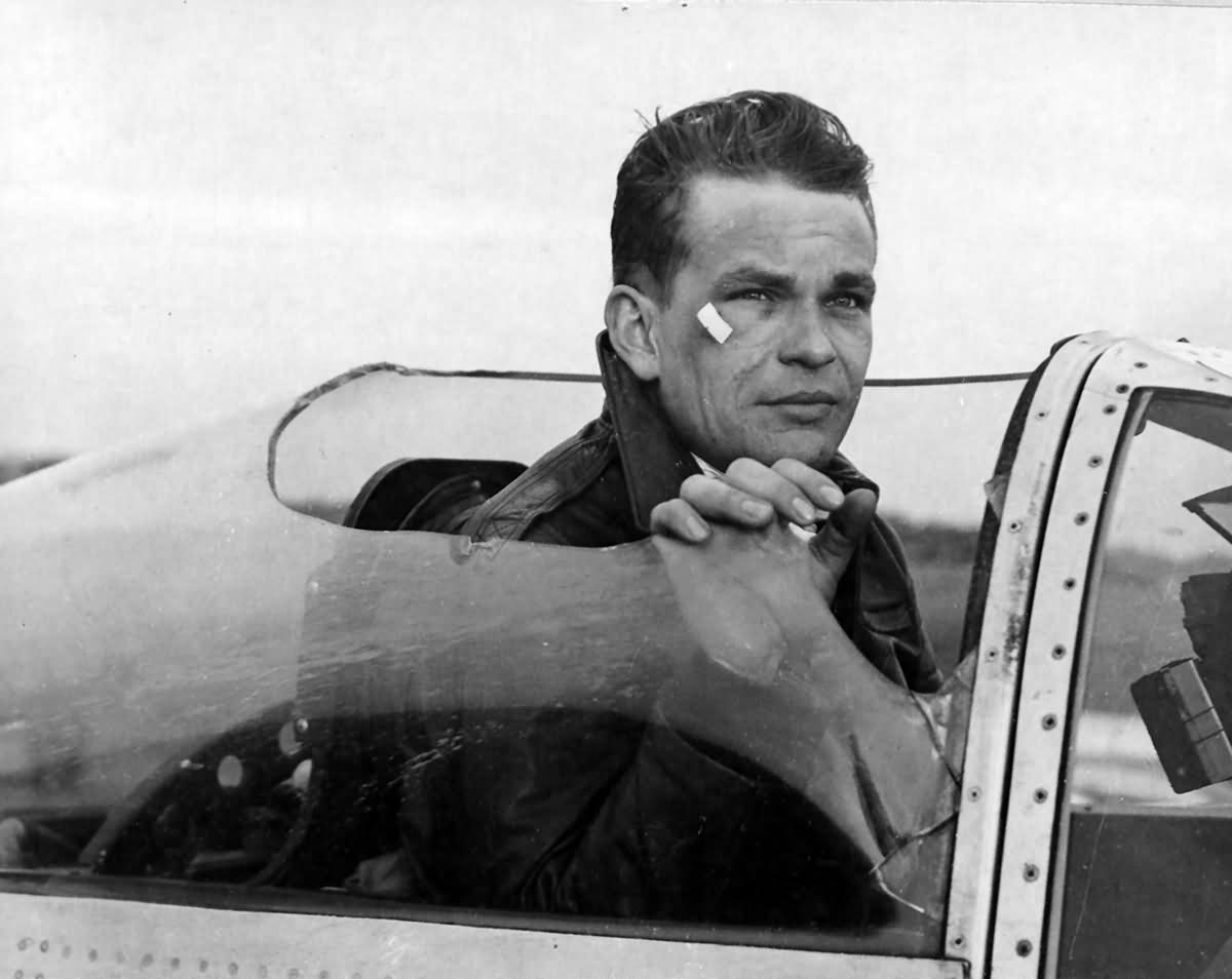Maj Merle Gilbertson of the 77th FS 20th Fighter Group