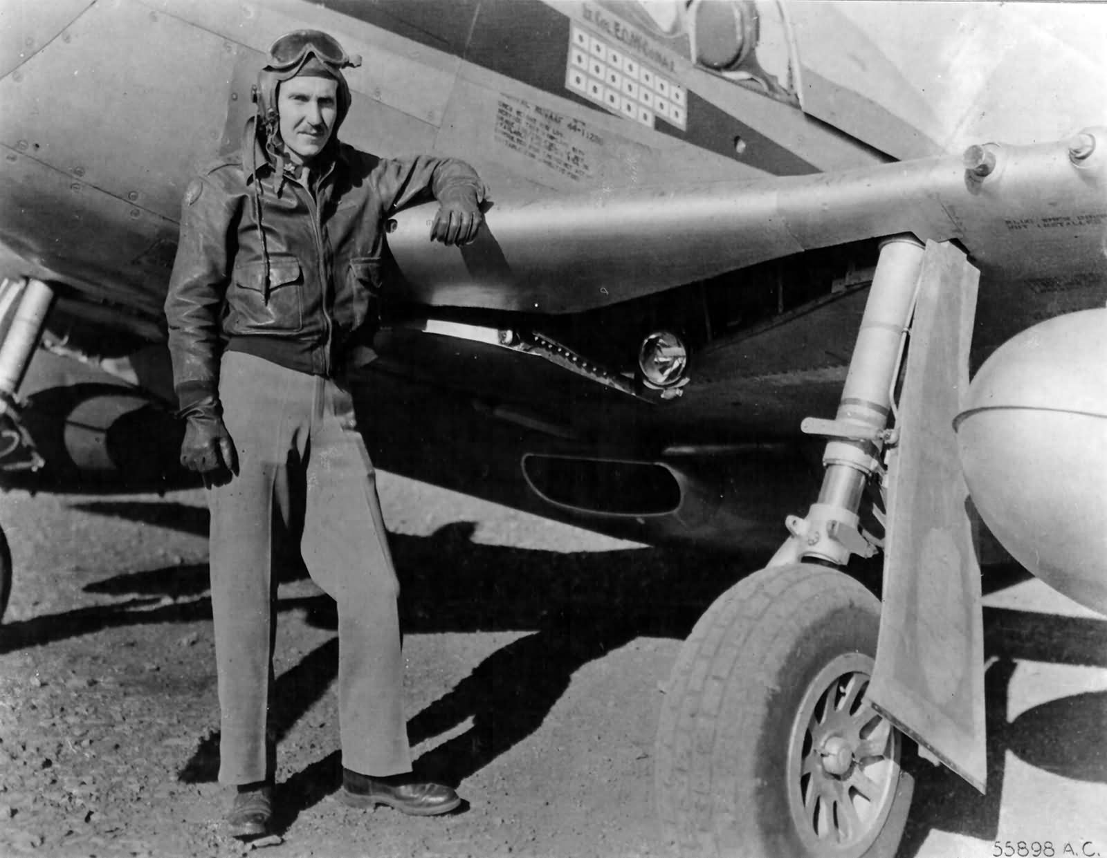 P-51D_44-11280_Pilot_Lt_Col_Edward_Mccom