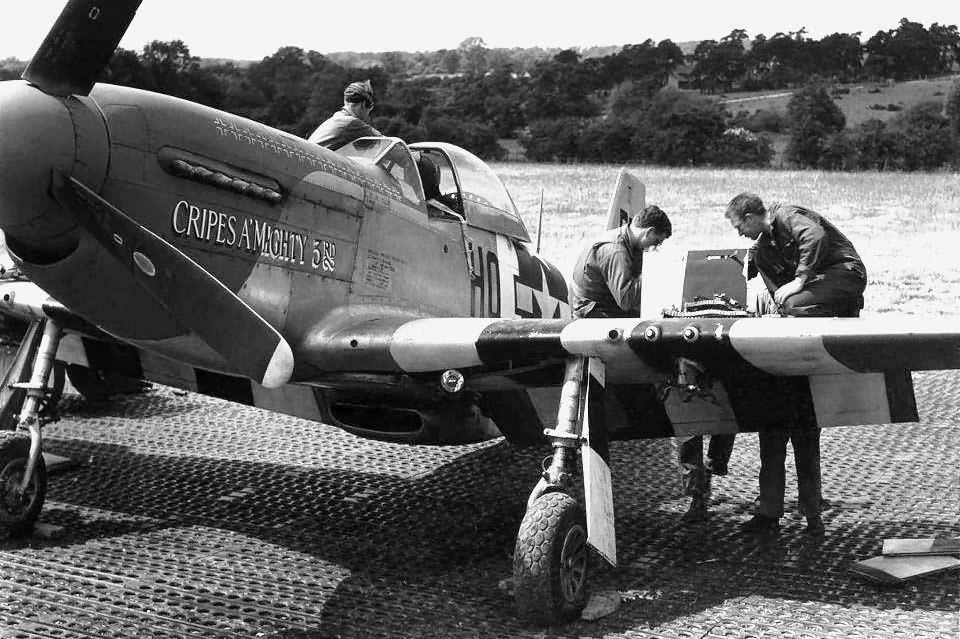 P-51D Mustang 44-13321 code HO-P 352nd Fighter Group, pilot Major George Preddy At Bodney England 1944