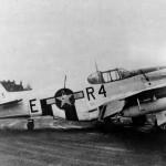 P-51B Mustang 42-106775 code R4-E With Gun Pods