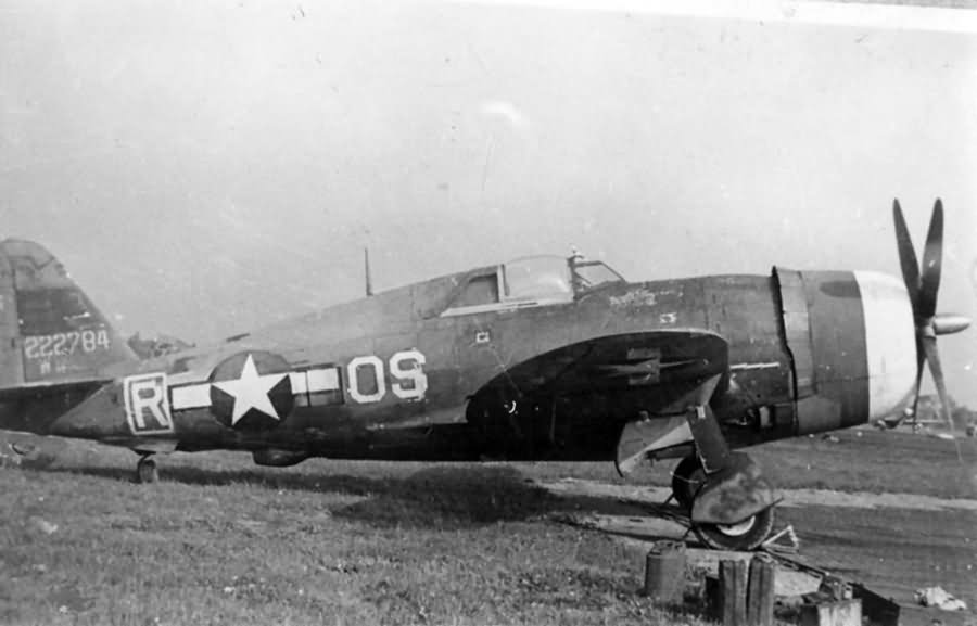 P-47_with_Malcolm_Hood_OS-R_42-22784_of_