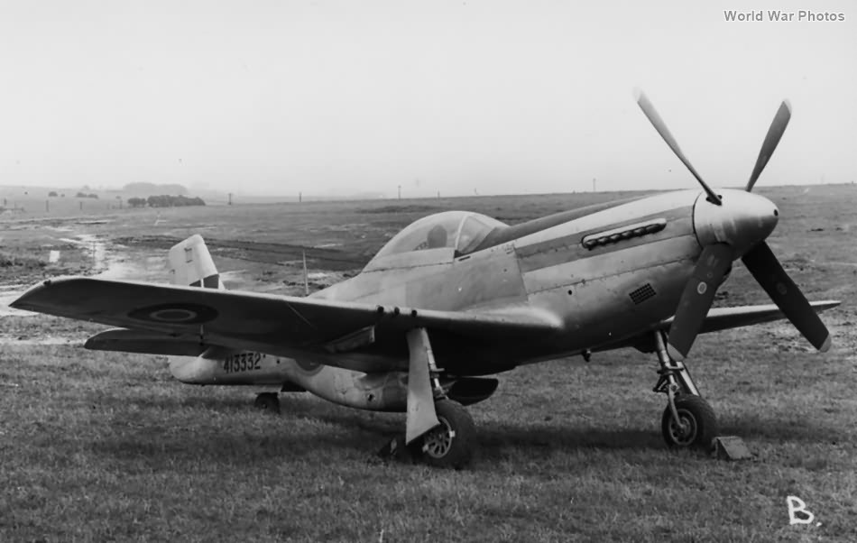 North American Mustang Mk IV TK589 (P-51D 44-13332)