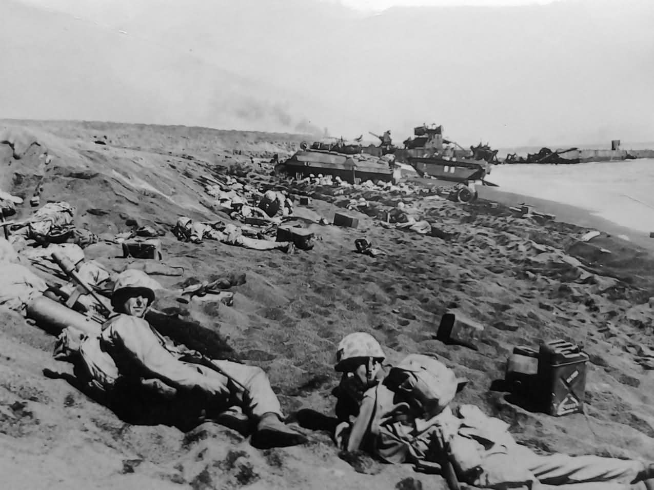 photo of iwo jima Few photographs are more widely recognized and have had a greater impact on  events than raising the flag at iwo jima by joe rosenthal.
