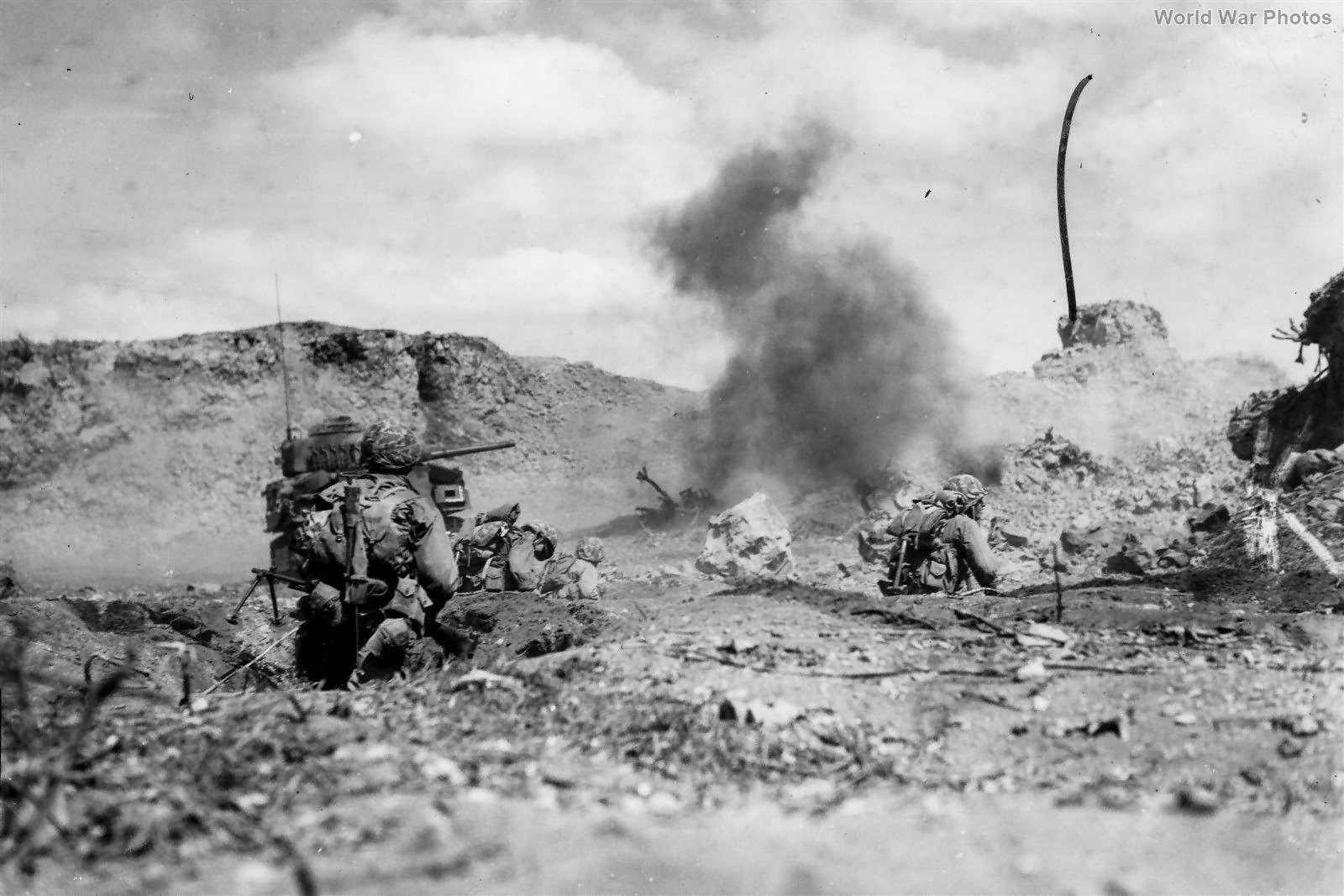 3-28 Marines Assault Under Mortar Fire Iwo Jima feb45