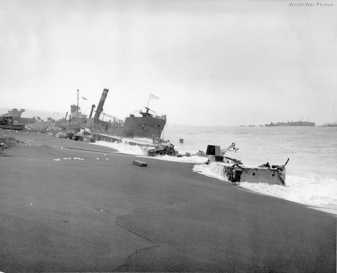 Remains on Yellow Beach D-Day+7 Iwo Jima