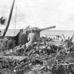 US Troops inspect Japanese dummy gun on Makin Island