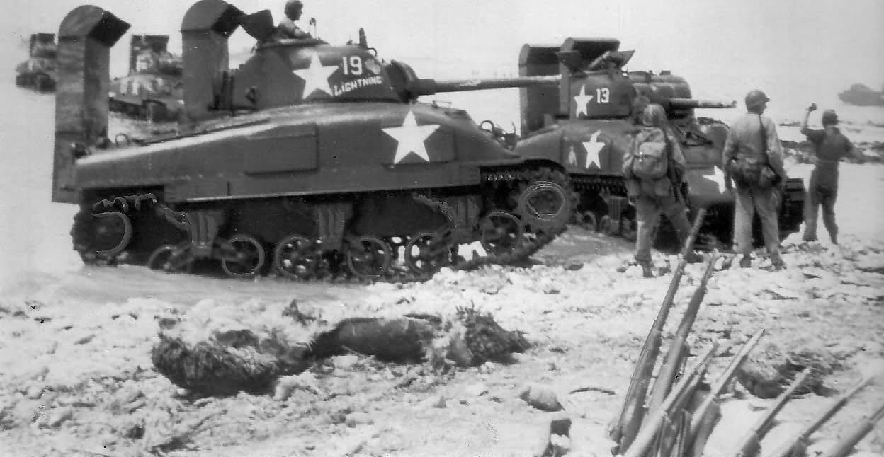 Deep_Wading_M4A1_Sherman_Tanks_Kwajalein