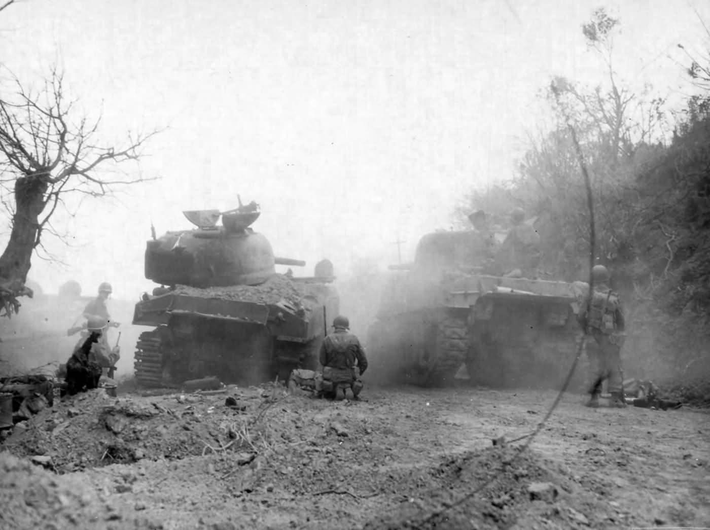 M4_Sherman_tanks_near_Manila_Philippines