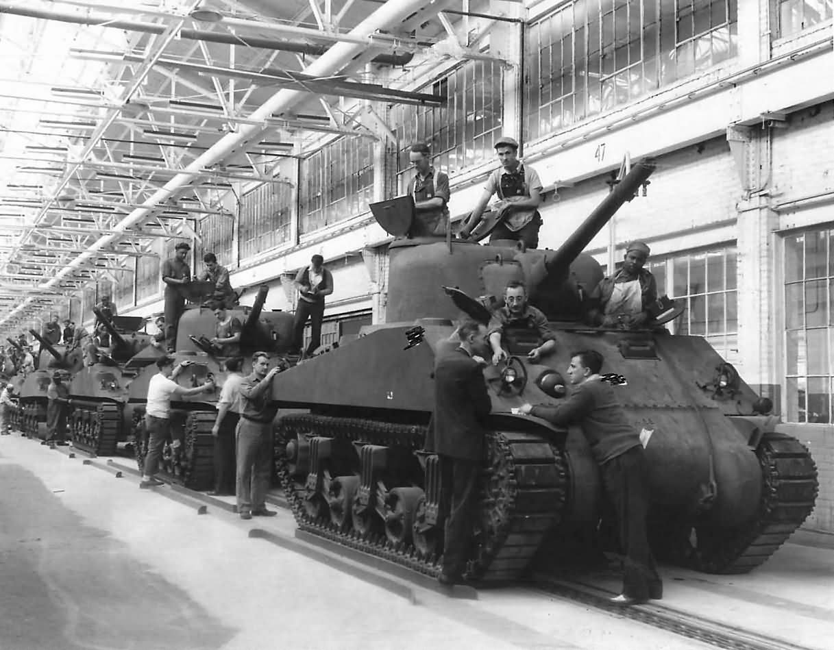 M4 Sherman Tanks On Production Line At Ford Plant 1942