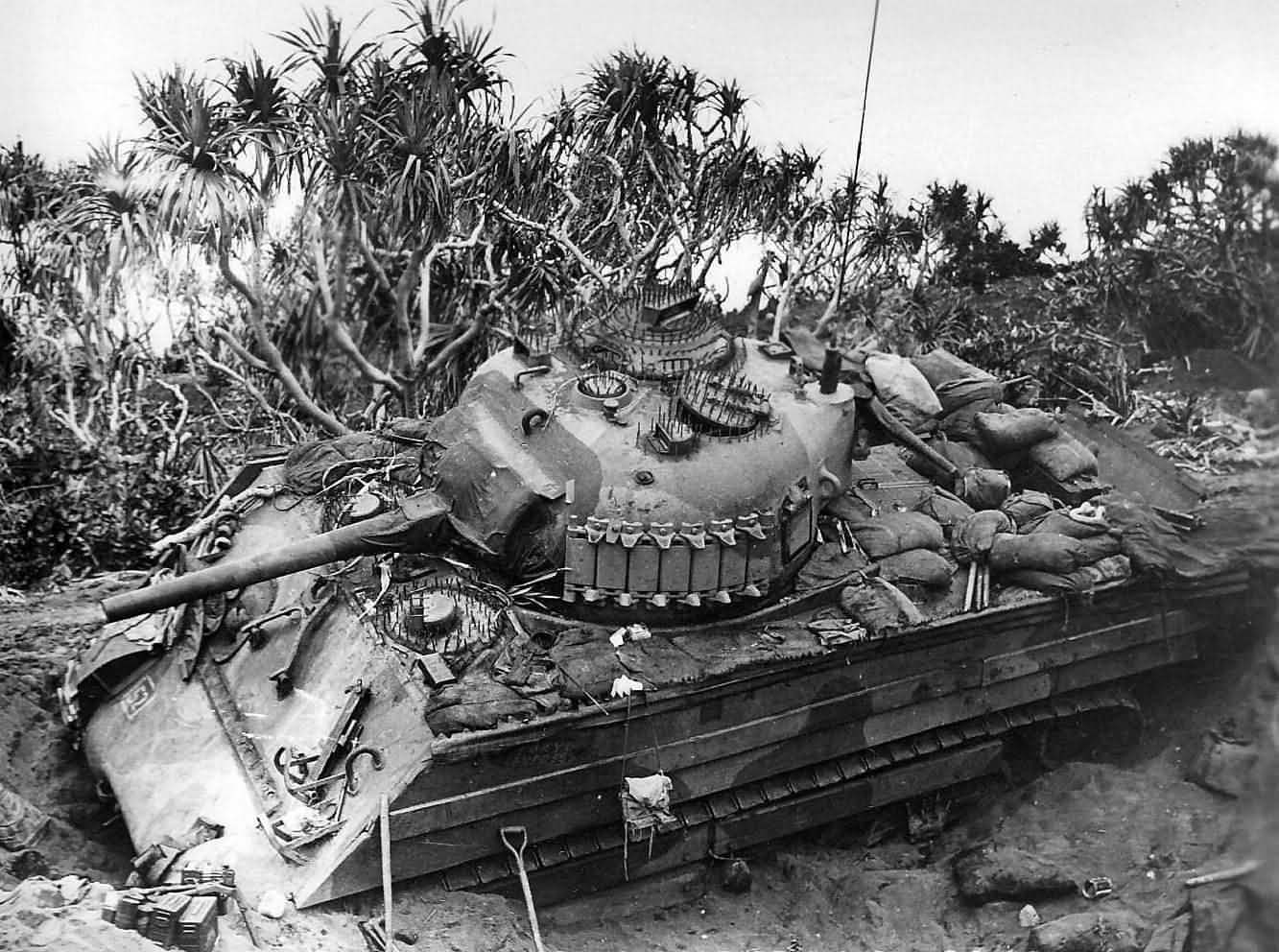 Marine M4a3 Sherman With Wooden Side Armor Named Quot Tokyo