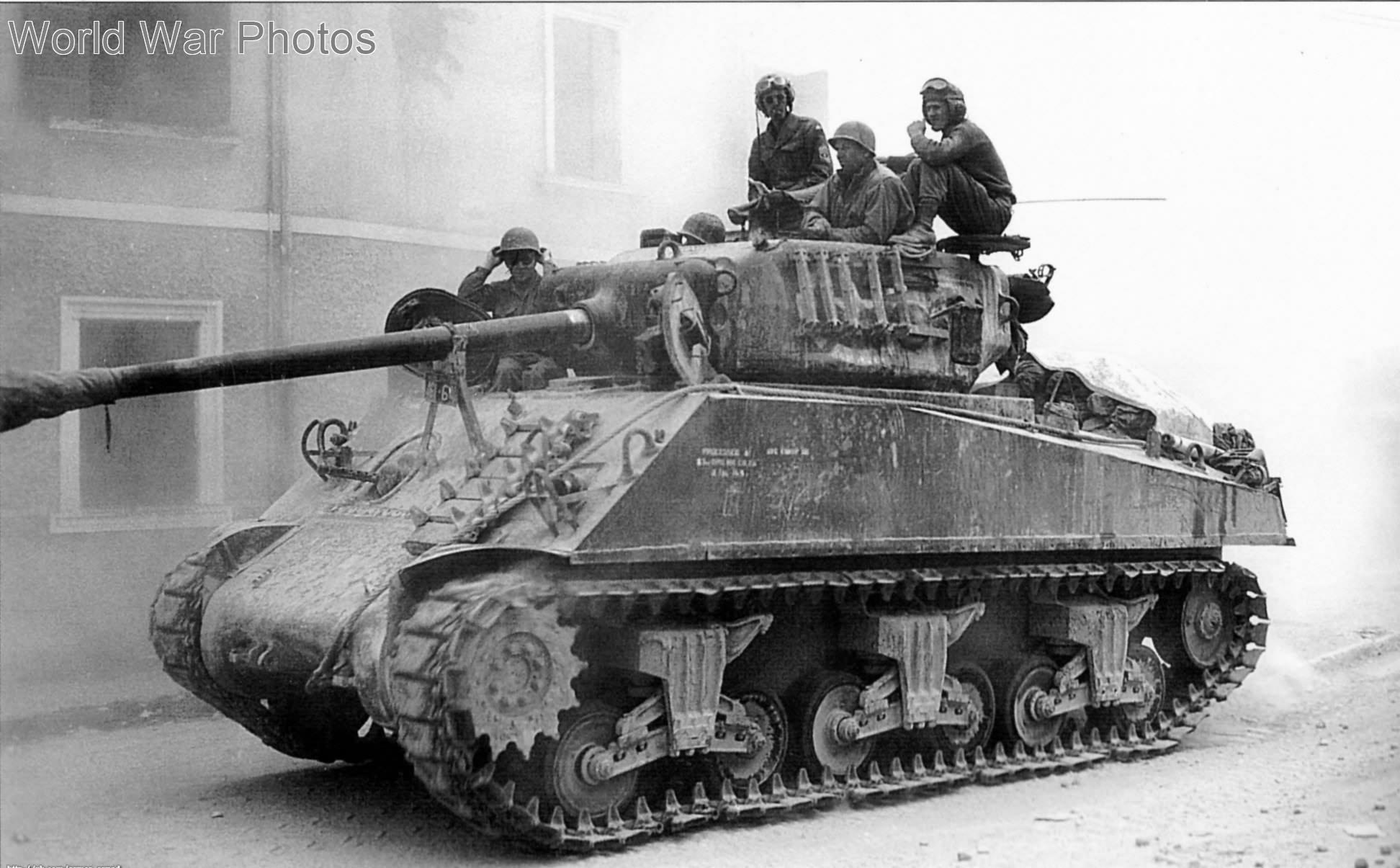 M4A3(76)W Sherman tank
