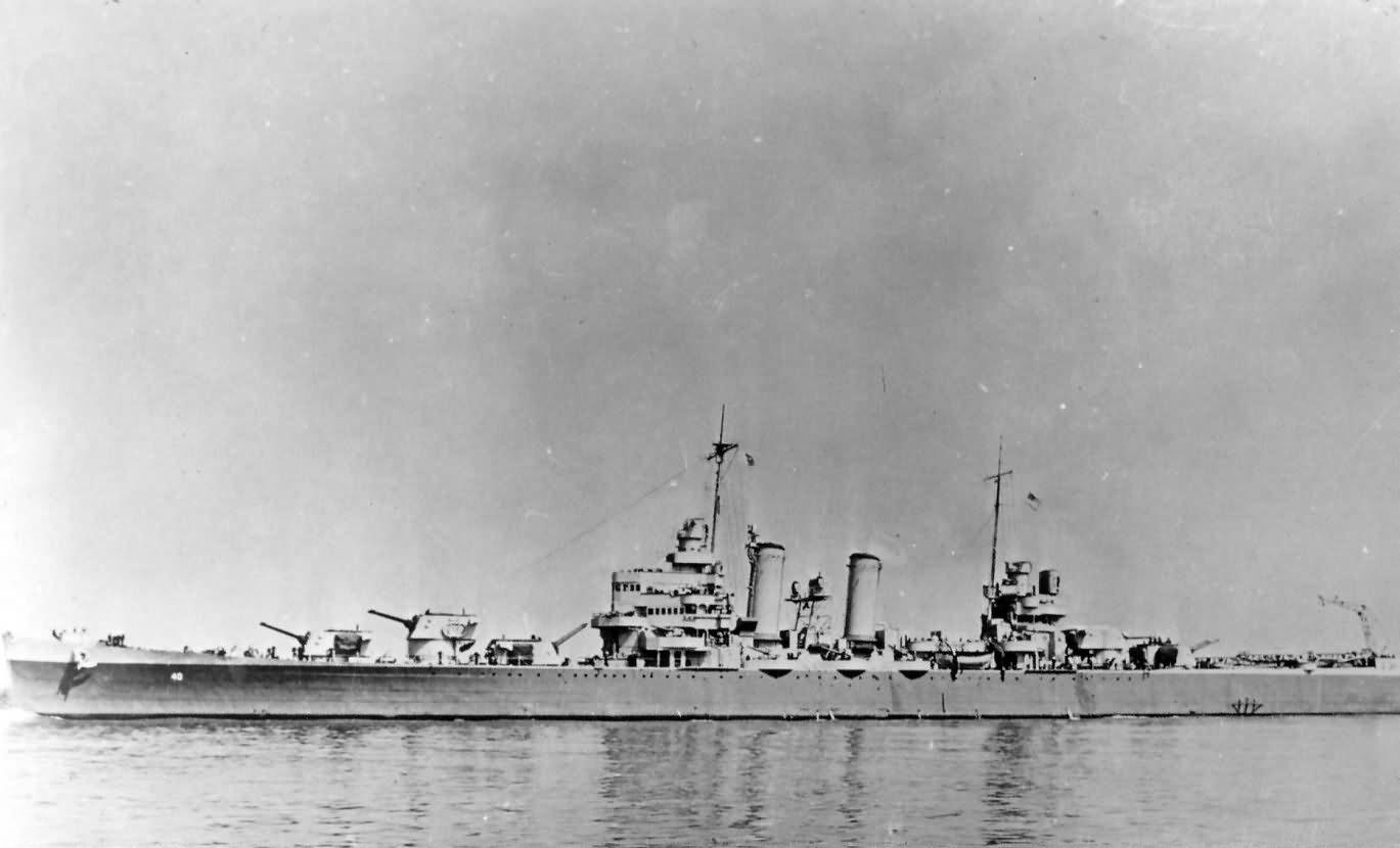 Cruiser USS Brooklyn CL-40 starboard view