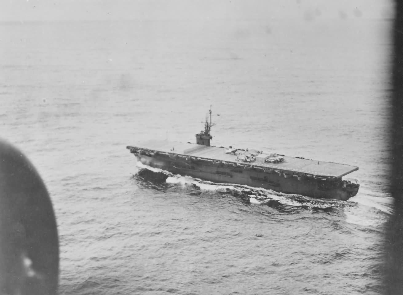 Escort carrier USS Kalinin Bay CVE-68 planes on deck
