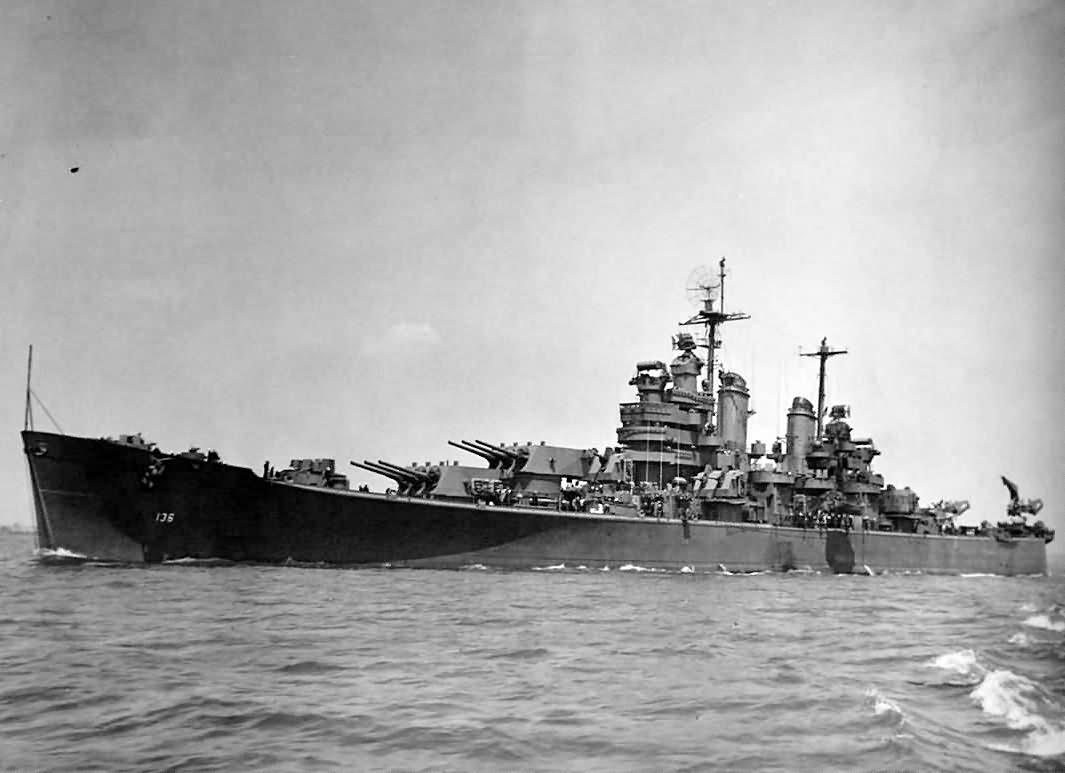 Heavy cruiser USS Chicago (CA-136) 1945