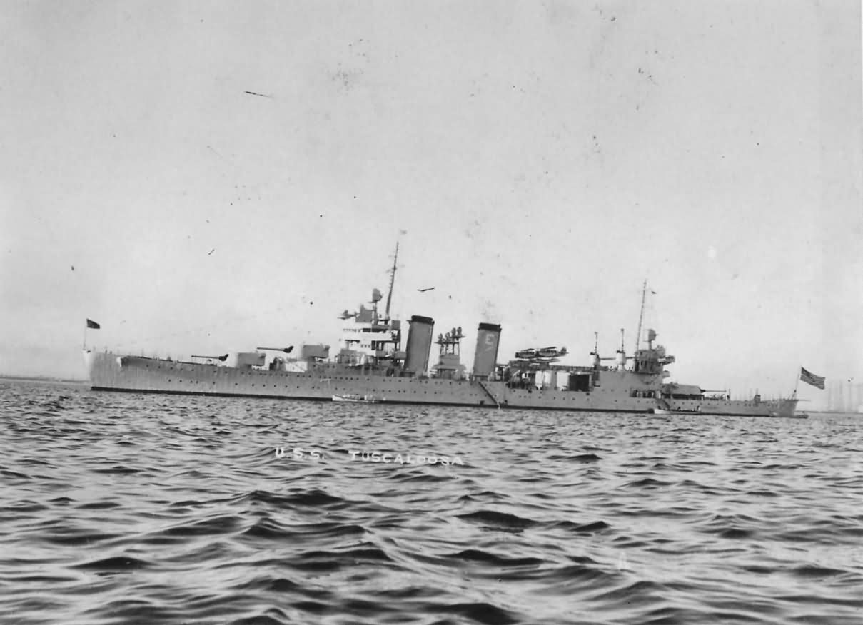 Heavy cruiser USS Tuscaloosa CA-37 1939