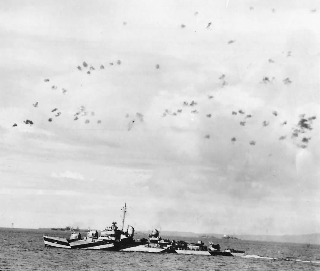 Japanese Attack USS Barton DD-722 at Mindoro 1944