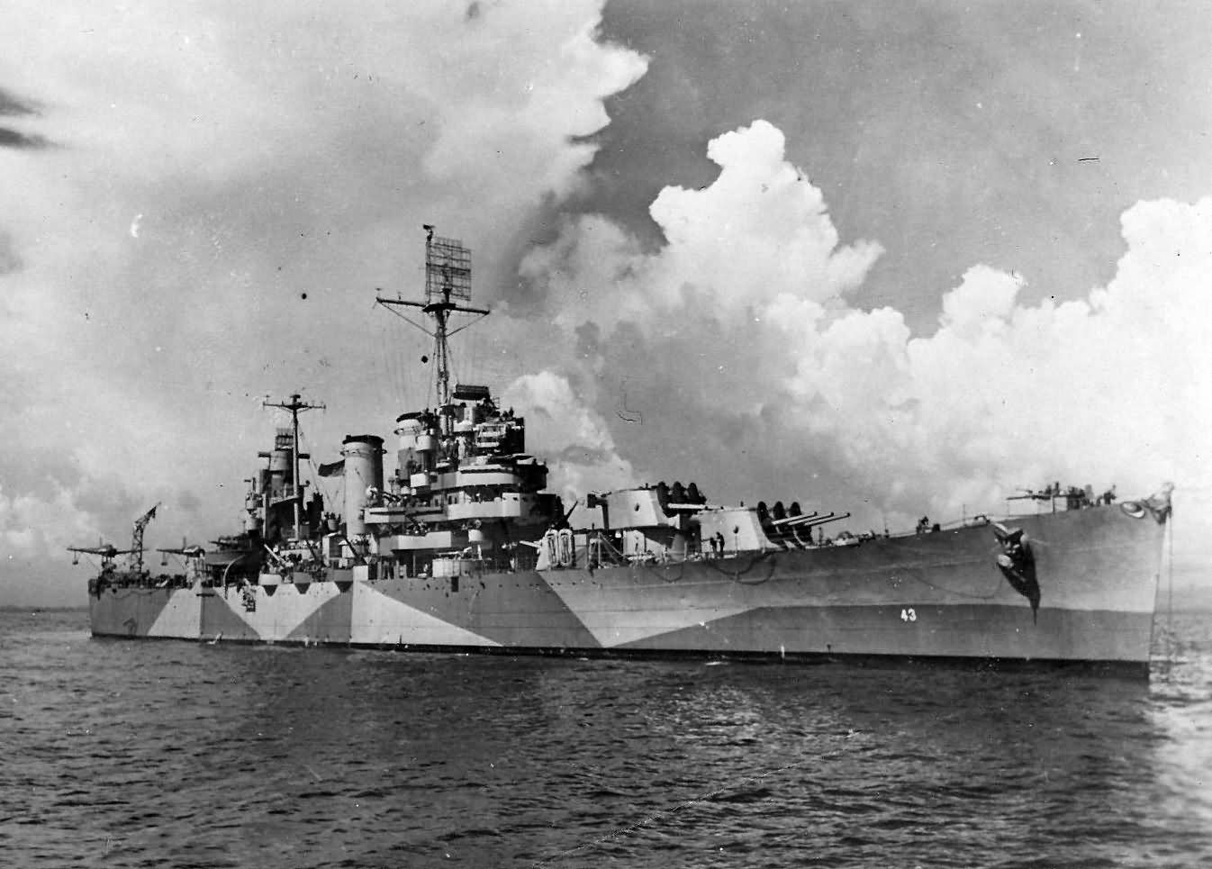 Light cruiser USS Nashville CL-43 in Measure 32/21D off Negros Before Kamakize Hit