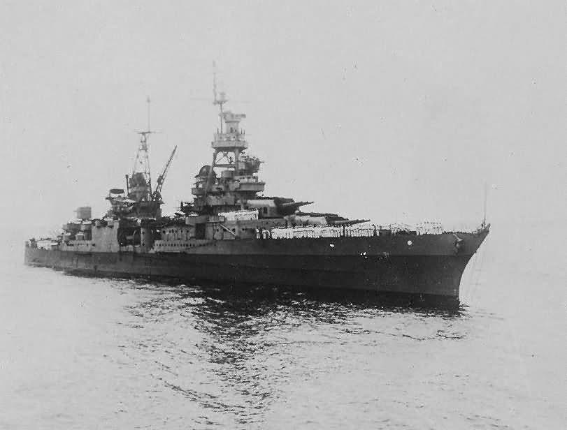 Northampton class heavy cruiser USS Augusta CA-31 bow