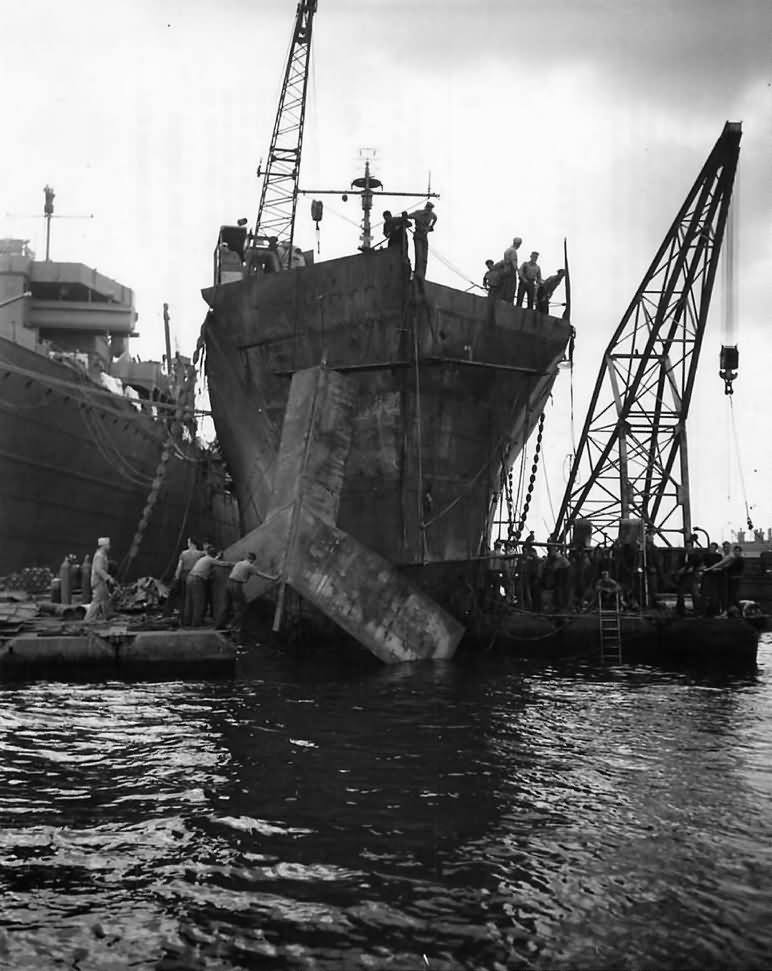 USS Honolulu CL-48 Gets Temporary Bow after Battle of Kolombangara 1943