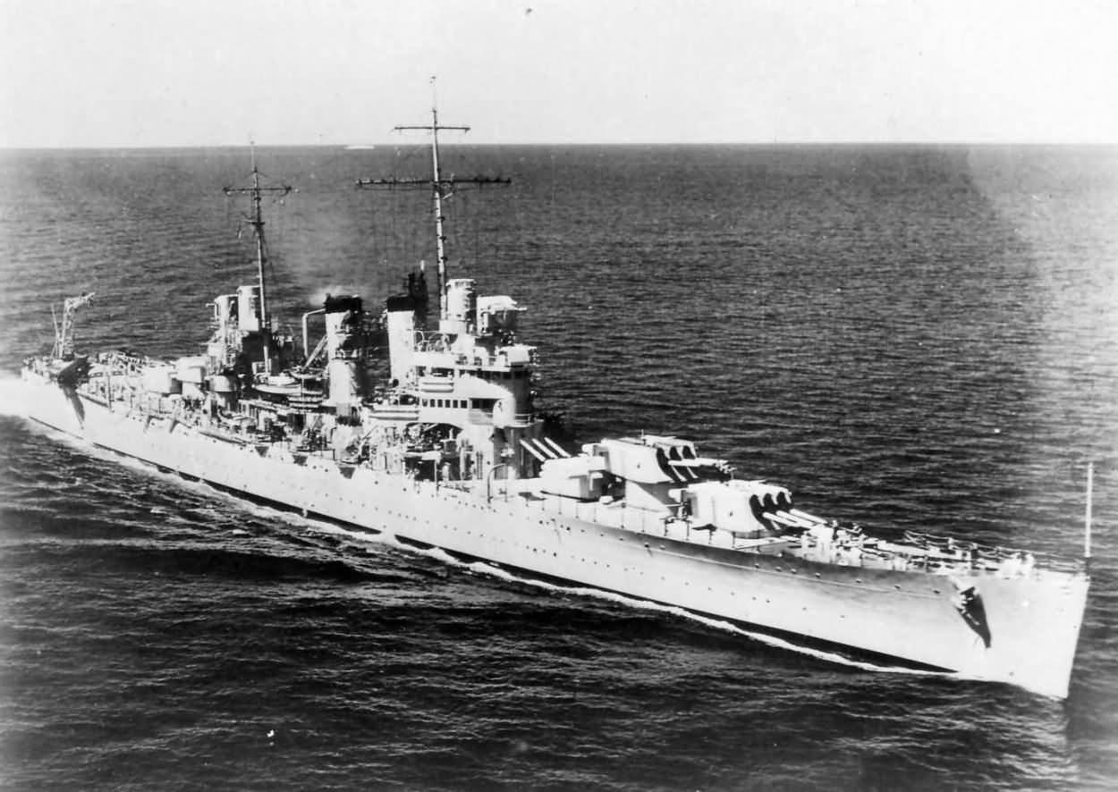 USS Honolulu CL-48 US Navy Light Cruiser
