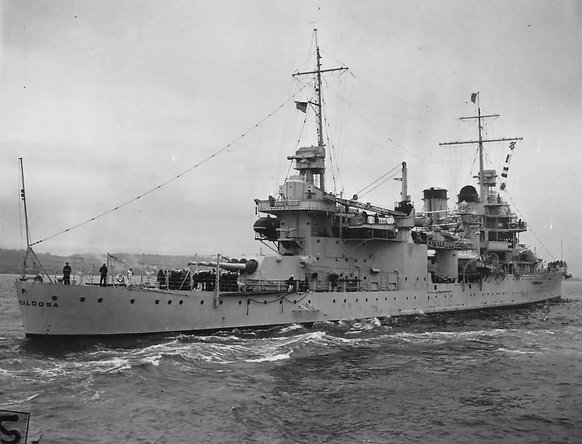 heavy cruiser USS Tuscaloosa CA-37 stern 1939