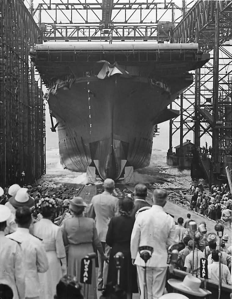 Launch of U.S. Navy Aircraft Carrier USS Hornet CV-12 – 30 August 1943