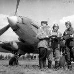 Sturmovik crew briefing before flight