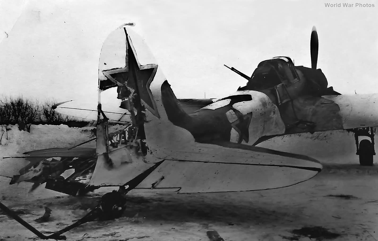 Damaged tail Il-2