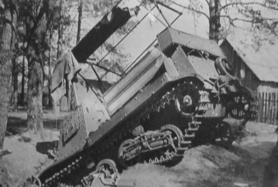 Komsomoletz T-20 Komsomolets Russia